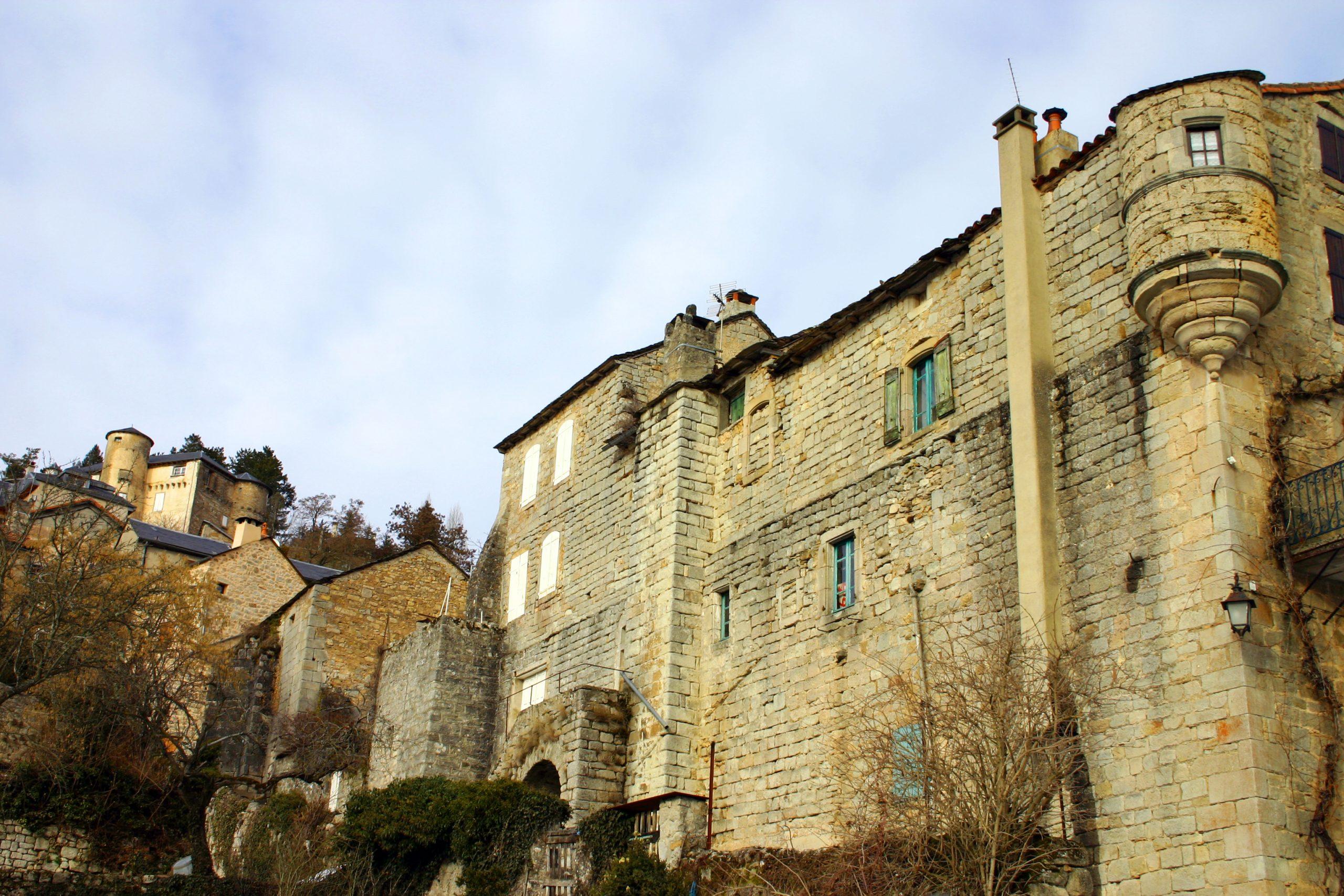 Saint Léons le bâtiment monastique